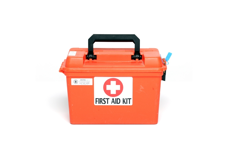 First Aid Kit - Large | Whites LES